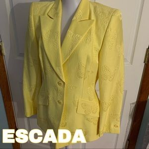 ESCADA size m medium yellow butterfly print blazer